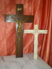 CHRIST REGULE BOIS  PLATRE TERRE CUITE OBJET DE CULTE