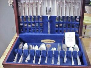 66 Piece Oneida Community Silverplate Flatware Coronation 1950's + Original Case