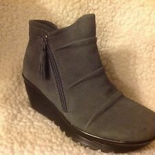 Skechers Ruched Suede Wedge Boots - Parallel Universe Charcoal 9 m