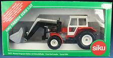 SIKU FARMER 3453 - Massey-Ferguson 3050 A Traktor mit Schaufellader - 1:32 - NEU