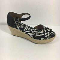 Toms Black White Tribal Espadrilles Wedge Peep Toe Ankle Strap Sandals Size 5.5