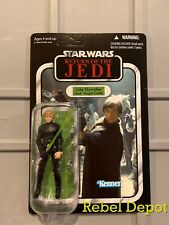 Star Wars Vintage Collection VC23  Luke Skywalker Jedi Knight Walmart Unpunched