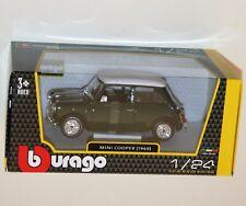 Burago - MINI COOPER 1969 (Green + White) Model Scale 1:24