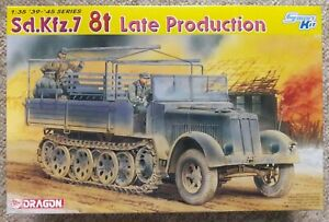Dragon #6562 1/35 Scale, Sd.Kfz.7 8t Late Production Smart Kit