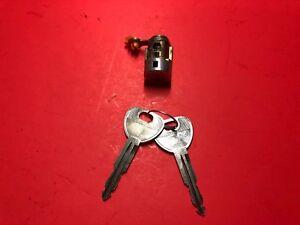 2000-2003 MITSUBISHI DIAMANTE DRIVER FL DOOR LOCK CYLINDER W 2 KEYS USED OEM!