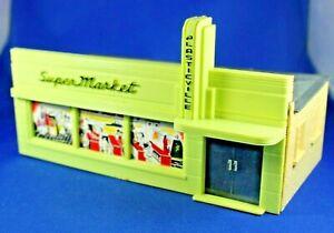 O/S - Plasticville - #SM-7 Supermarket - COMPLETE - Gray Roof (No box)