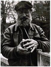 Ancienne grande photo noir & blanc 60's Vieille Homme barbu pipe & beret (L2)