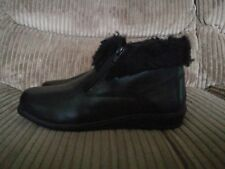 Black Leather Faux Fur Lined Flat Ankle Boots | Chums | UK Size 7 | New in Box