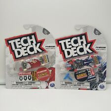 Tech Deck-Series 13 Finesse-Metallic Sonic/Sonic Knuckles Ultra Rare-Lot of 2
