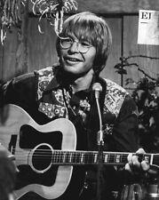 1975 American Singer JOHN DENVER Glossy 8x10 Photo Film Actor Print Poster