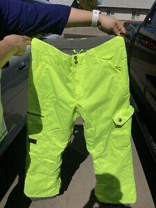 DC 10K Insulated Snowboard Snow Pants Yellow Size Medium C