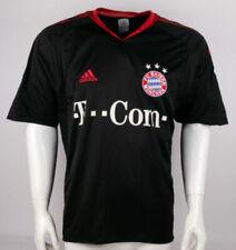 In Größe M Fußball-Trikots vom FC Bayern München