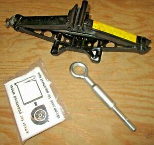 07-13 Volvo S80/ V70/ S60 Jack & Tools Kit Parts 30683026