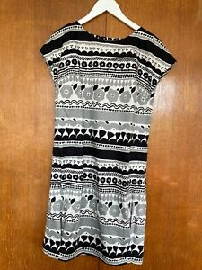 Marimekko dress size 38/M from the mainline collection 100% cotton with lining