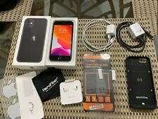 UNLOCKED 64GB iPhone 8 NEW Headphones/Charger Mophie Charger Case Screen Protect