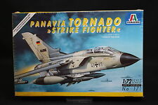 XY052 ITALERI 1/72 maquette avion 171 Panavia Tornado Strike Fighter