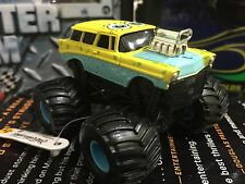 RARE HTF Sponge Bob Diecast metal ERTL Compared To Monster Jam truck 2008