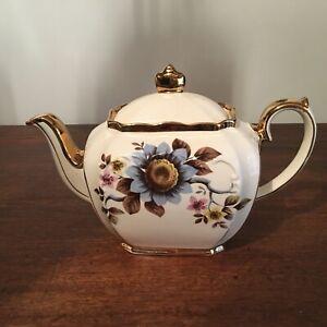 """Vintage """"Sadler England"""" Floral Design Teapot *V.G.C*"""