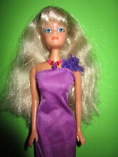 B628-ALTE BLONDE NO-NAME BARBIE PETRA LANGES VIOLETTES KLEID+KETTE+SCHUHE
