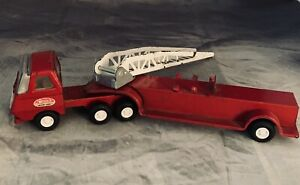 Vintage Tonka Hook and Ladder Fire Truck. 10.5 X 2