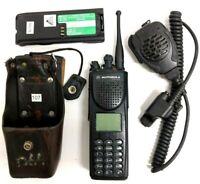 MOTOROLA XTS3000 MIII 800Mhz Radio w/Antenna, 2 Batteries, Speaker/Mic, Holster