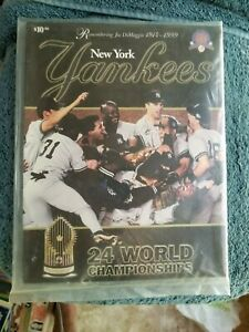 1999 NEW YORK YANKEES YEARBOOK WORLD CHAMPS ON COVER NM  GROBEE1957