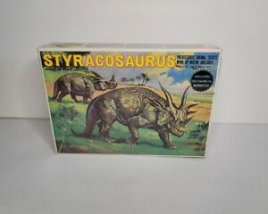 Vintage Bandai Styracosaurus Plastic Assembly Kit W/ Motor Included