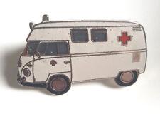T1 Krankenwagen Ansteckpin (N2)
