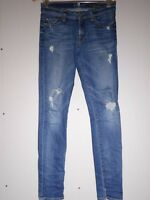 $225 7 For All Mankind The Slim Cigarette in Destroyed Rue De Lille Size 27