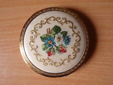 Kigu Vintage Cosmetic Powder Compact - Embroidery Flowers