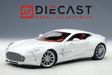 AUTOART 70244 ASTON MARTIN ONE-77 (MORNING FROST WHITE)  1:18TH SCALE
