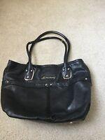 B Makowsky Women's Black Leather Shoulder Bag