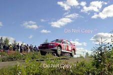Toni Gardemeister Mitsubishi Carisma GT 1000 Lakes Rally 2001 fotografia 3