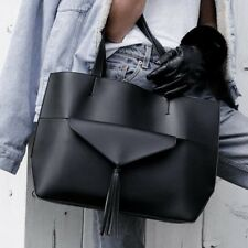 Summer & Rose Chloe Tote black leather with removable tassel clutch