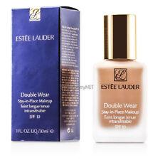 Bases de maquillaje beige Estée Lauder para el rostro
