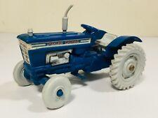 RARE VINTAGE BRITAINS MINI SET 1101 PLASTIC FORD 5000 FARM TRACTOR MODEL