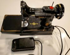 1952 Vintage Singer 221 Featherweight Electric Sewing Machine & Case Al028054