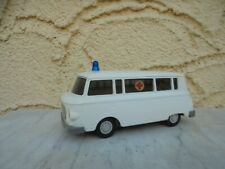 VEB Anker GDR DDR 1:25 Modellauto Barkas B 1000 Krankenwagen mit Friktion