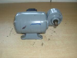 Groschopp Getriebemotor 90 Watt 1330 / 190 U / min