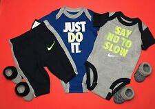 Nike Baby BOYS 5pc GIFT SET- Bodysuits, Pants & 2pairs of Booties. 0-3M, 3-6M.