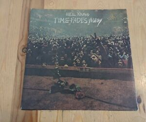 UK 1973 NEIL YOUNG LP TIME FADES AWAY REPRISE K 54010