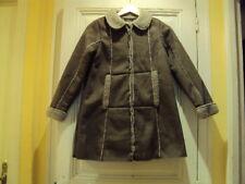 Manteau pour fille en 12 ans tout neuf