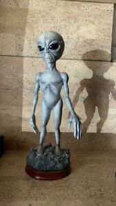 Extremely Rare! Alien Gray Standing Figurine Statue