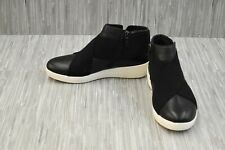 **Fitflop Superflex (J06-001) Casual Shoe - Women's Size 7 - Black NEW!!
