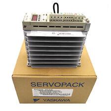New In Box Yaskawa Sgdh 04ae Servo Drive