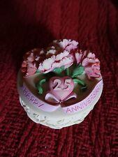"25th Anniversary trinket box gift & 2 plastic ""Happy Anniversary"" banners"