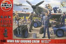 1/48 WWII RAF Ground Crew ( Aircraft NOT Included) by Airfix