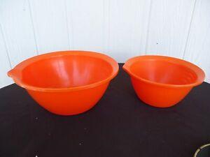 2 vintage retro orange mixing bowls michaelis bayley plastics Melbourne Australi