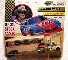 1992 ROAD CHAMPS #43 RICHARD PETTY 1:87 SCALE STP TEAM TRANSPORTER SEMI DIE CAST