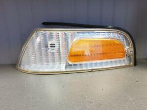 1998-2011 Ford Crown Victoria Driver Left Corner Marker Turn Signal Light SD 2